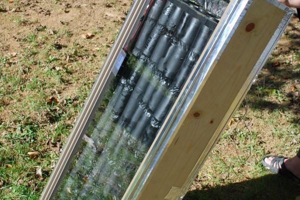 Panou-solar-de-încălzire-din-cutii-metalice